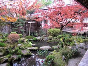 宝泉院・鶴亀庭園