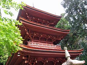 長命寺・三重塔