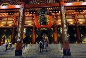 宝蔵門・本堂