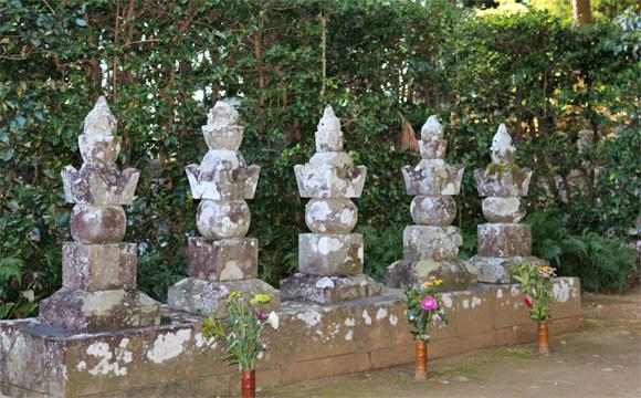 龍潭寺・井伊氏歴代の墓