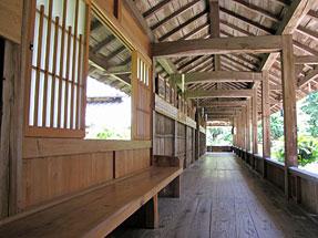 本興寺・回廊