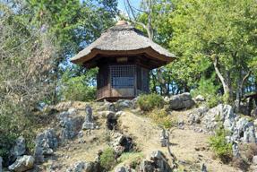 永保寺・六角堂