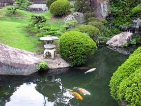 豊川稲荷・庭園