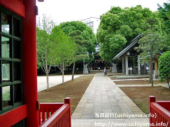 穴八幡神社