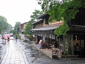 今宮神社・東門前景観