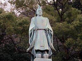 照國神社・島津斉彬像