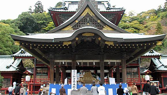 静岡浅間神社・舞殿