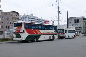 高知駅バスターミナル