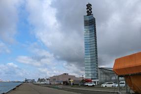 秋田港・セリオン(ポートタワー・140m)