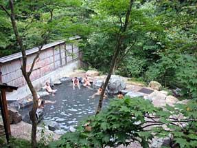 谷川温泉・露天風呂