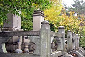 山縣有朋の墓