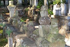桶狭間合戦戦死の墓