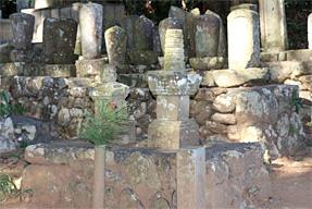 鈴木重時の墓