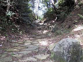 琵琶峠石畳