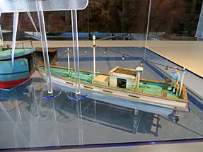 北朝鮮工作船に収納されていた小舟