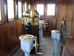 戦艦・三笠の操舵室