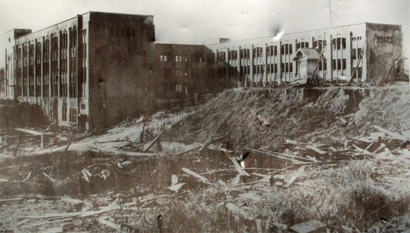 原爆の惨禍を被った山里国民学校