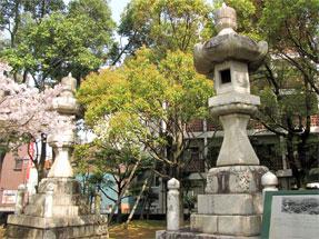 聖徳寺灯籠