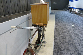 紙芝居屋さんの自転車
