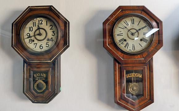 古典型ボンボン時計