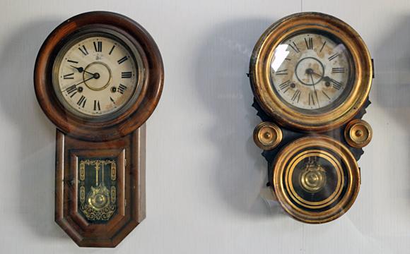 ロマン型ボンボン時計
