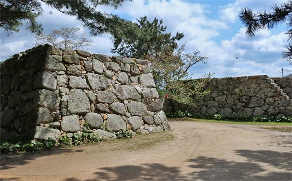 萩城の石垣