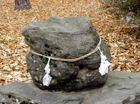 川中島古戦場・執念の石