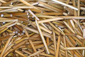 檜皮葺・竹釘