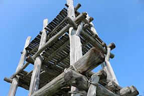 三内丸山遺跡・大型掘立柱建物