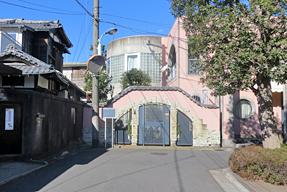 佐藤春夫旧居跡