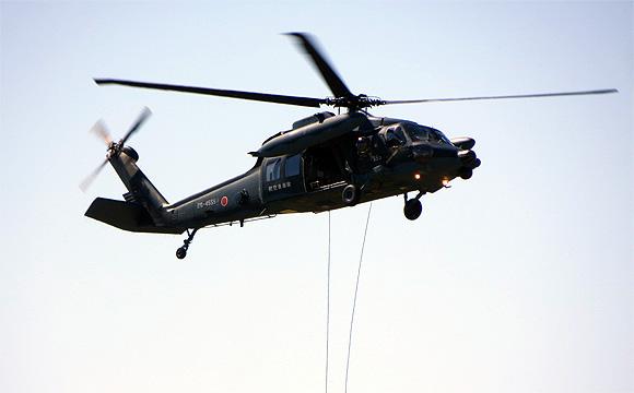 救難ヘリコプター・UH−60J