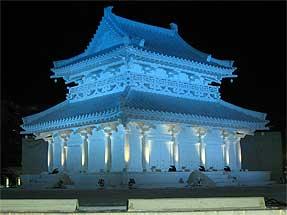 札幌雪祭り・大雪像「法隆寺金堂」