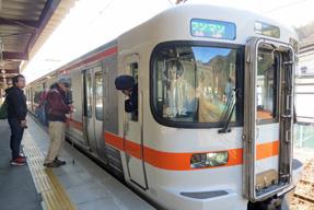 木曽福島駅ホーム