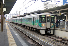 岡崎駅・ホーム