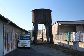金指駅高架貯水槽