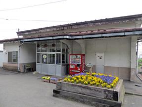 浦河駅・正面