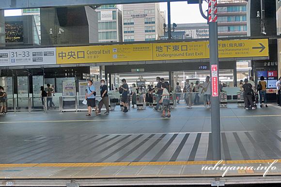 琵琶湖線・京都駅