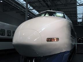 100系123形式新幹線電車