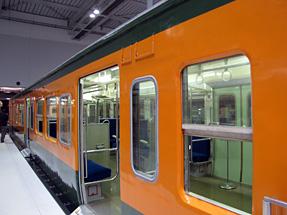新性能近郊形電車・クハ111形式電車