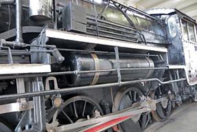 中型タンク式蒸気機関車